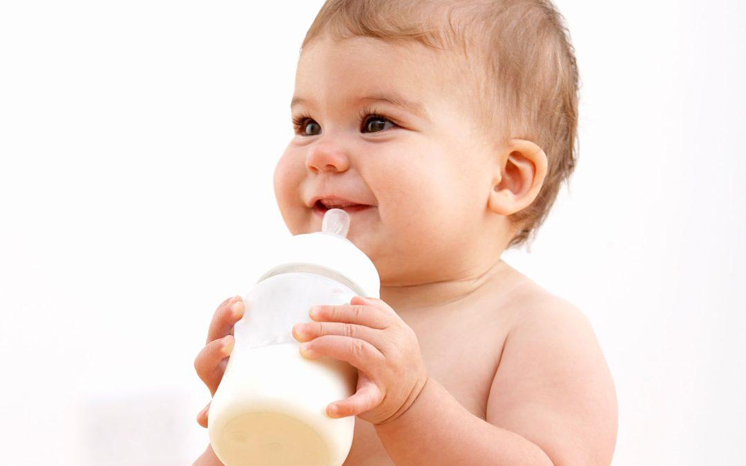 Las leches vegetales no son recomendables para bebés.