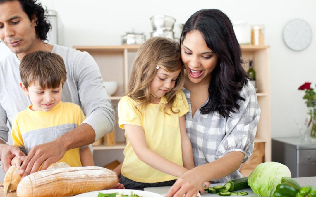 Los errores más frecuentes que comentemos al alimentar a nuestros hijos
